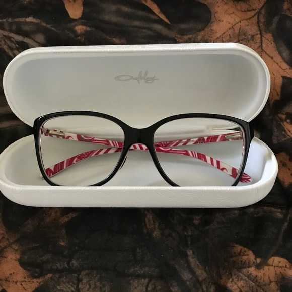 eaf56cafceb Never worn Women s Oakley Finesse Glasses